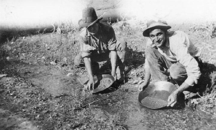 Eldoradoville, gold prospectors